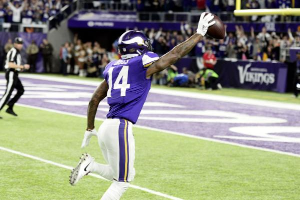 Last-second-Stefon-Diggs-touchdown-propels-Minnesota-Vikings-to-NFC-title-game