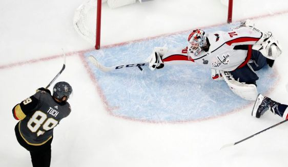 Stanley_Cup_Capitals_Hockey_69148_jpg-bc748_c0-131-3726-2303_s885x516